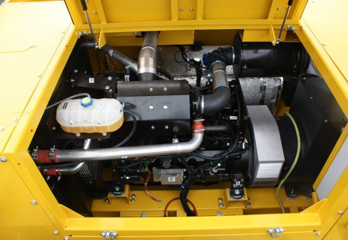 MOTORTROM b4