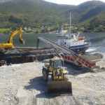 LF 520 loading aggregate to Coaster Vessels