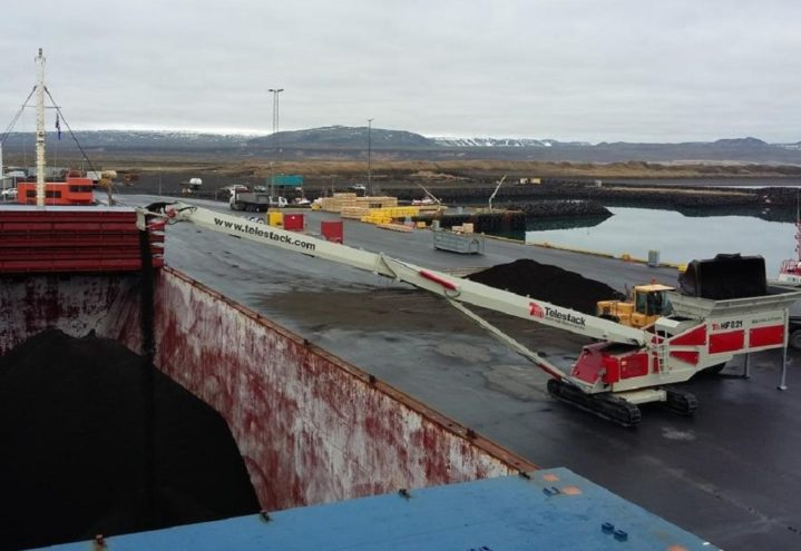 HF Revolution loading Coaster Vessels (4)